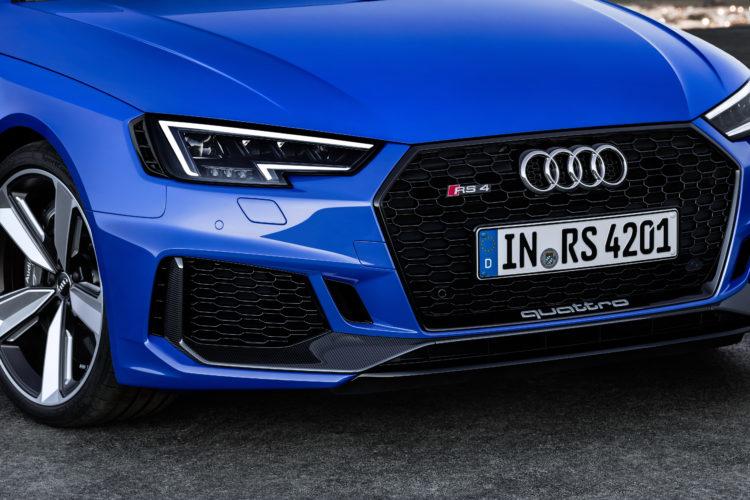 Audi RS4 Avant 2017 1