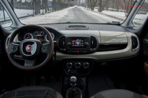Fiat 500L Trekking wnętrze