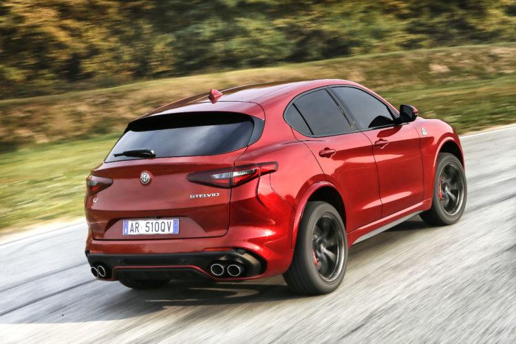 Alfa Romeo Stelvio Quadrifoglio 1
